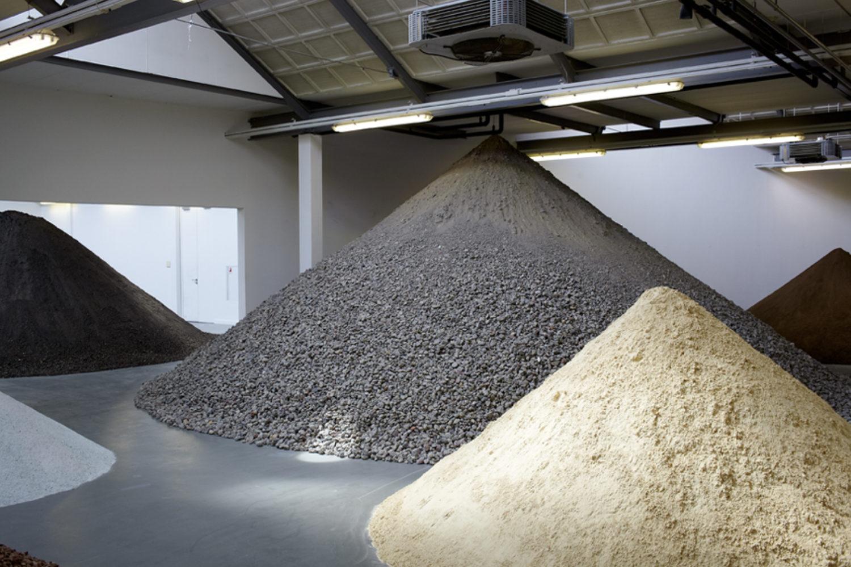 Lara Almarcegui – Construction materials, excavations, wastelands