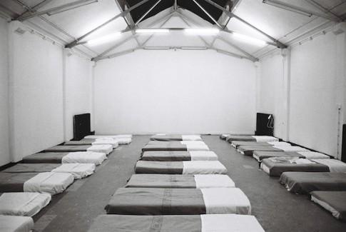Bik Van der Pol, Sleep with me, 1997 tijdens festival Perish bij Duende, foto met dank aan de kunstenaars
